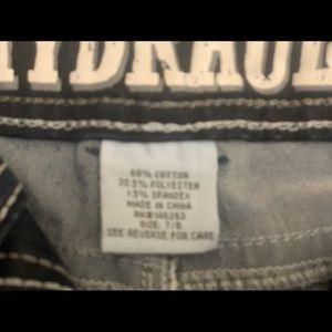 HYDRAULIC Lola curvy jean shorts! Dark wash..